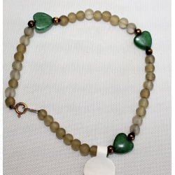 "PB#3 14k y gold 7.5"" 8mm (jade hearts) 3mm beads $99.00"