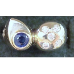 R#104 18K W/GOLD BLUE SAPPHIRE & DIAMONDS FASHION RING