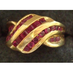 R#023 LADIES 14K Y/GOLD RUBY FASHION RING $350.00