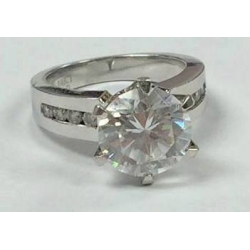 R# LADIES 14K WHITE GOLD ENGAGEMENT RING WITH CZ STONES